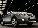 Photos of Nissan Qashqai 2WD 2007–09