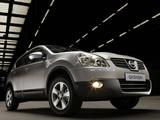 Photos of Nissan Qashqai 2WD 2007–09