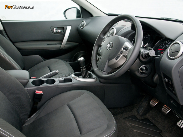 Pictures of Nissan Qashqai UK-spec 2009 (640 x 480)