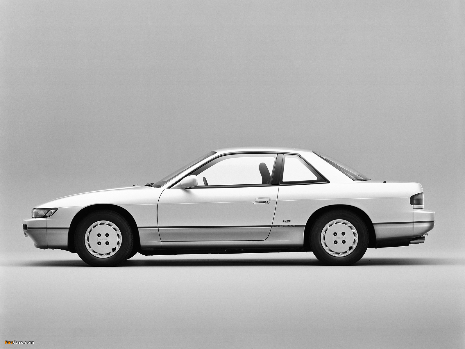Images of Nissan Silvia Qs (S13) 1988–93 (1600 x 1200)