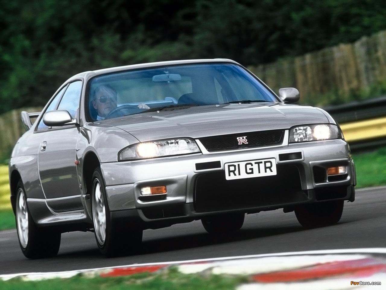 Nissan Skyline GT-R V-spec (BCNR33) 1995–98 wallpapers (1280 x 960)