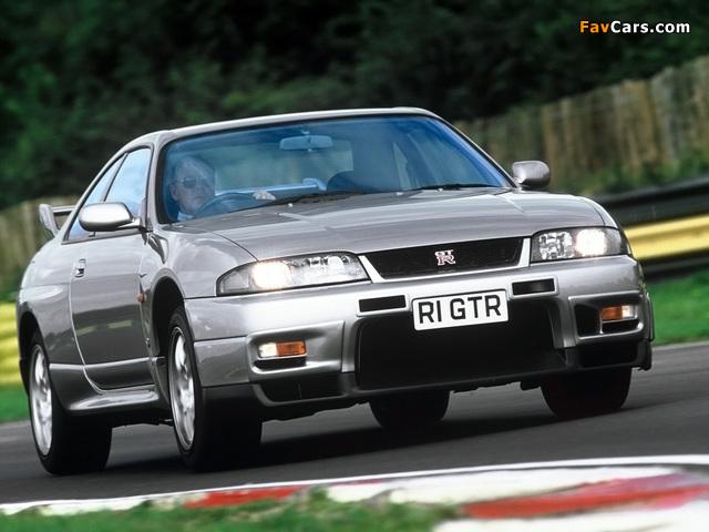 Nissan Skyline GT-R V-spec (BCNR33) 1995–98 wallpapers (640 x 480)