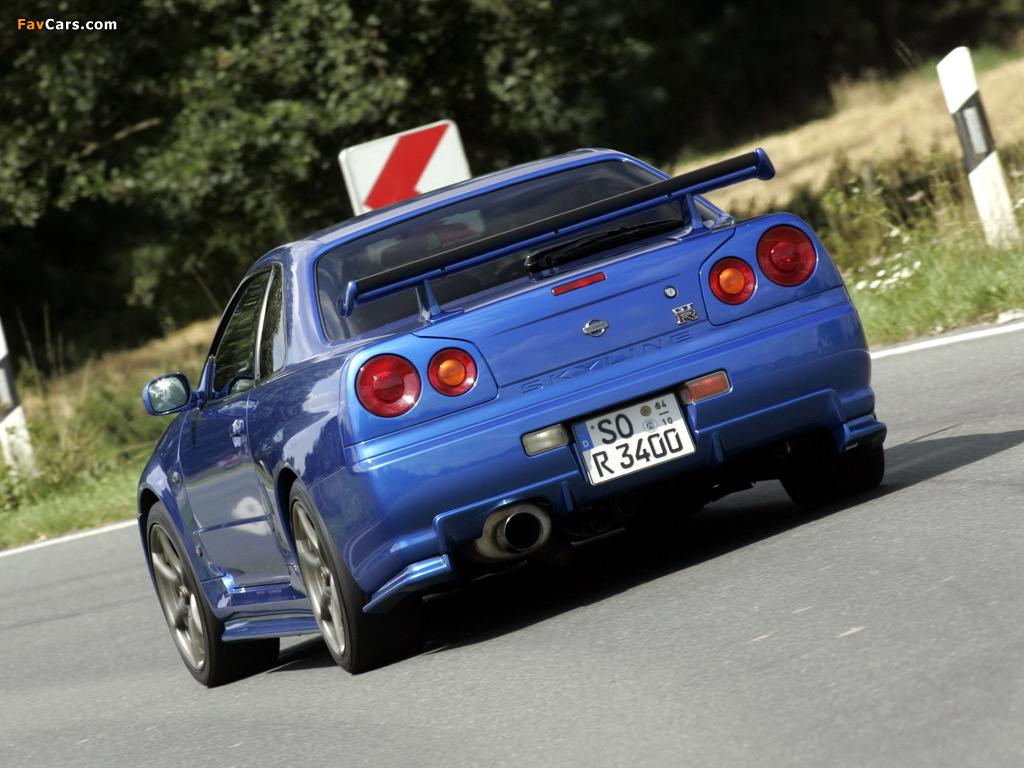 Pictures of Nissan Skyline GT-R (BNR34) 1999–2002 (1024 x 768)