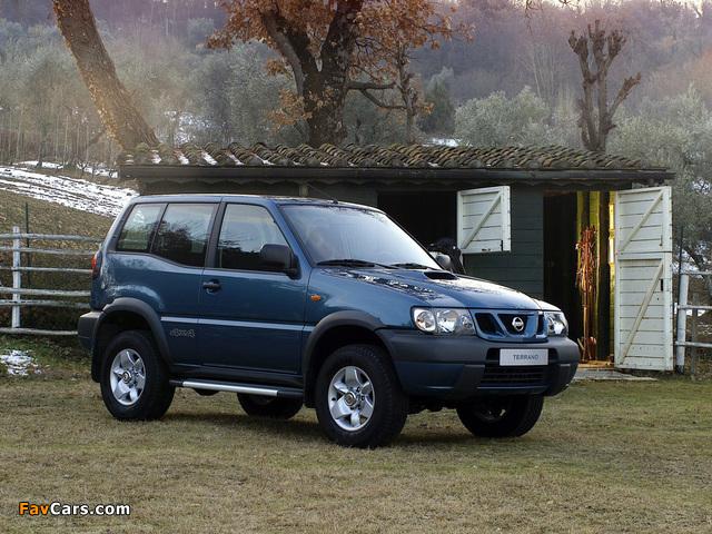 Images of Nissan Terrano II 3-door (R20) 1999–2006 (640 x 480)
