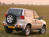 Nissan Terrano II Van UK-spec (R20) 1999–2006 pictures