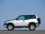 Photos of Nissan Terrano II 3-door (R20) 1999–2006