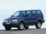 Photos of Nissan Terrano II 5-door (R20) 1999–2006