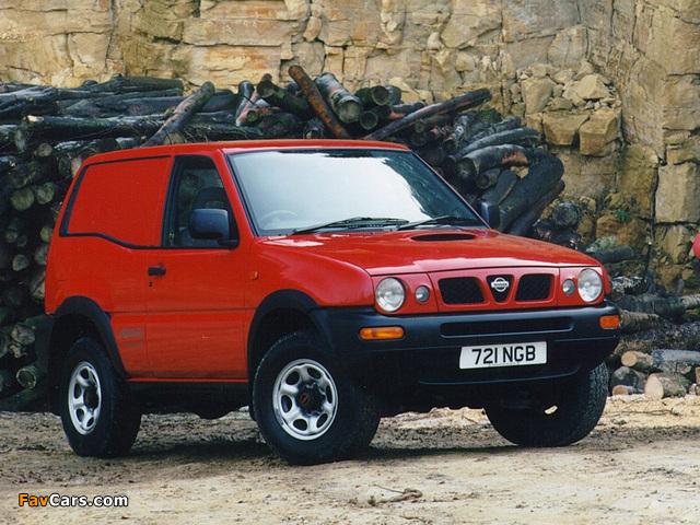 Photos of Nissan Terrano II Van UK-spec (R20) 1996–99 (640 x 480)