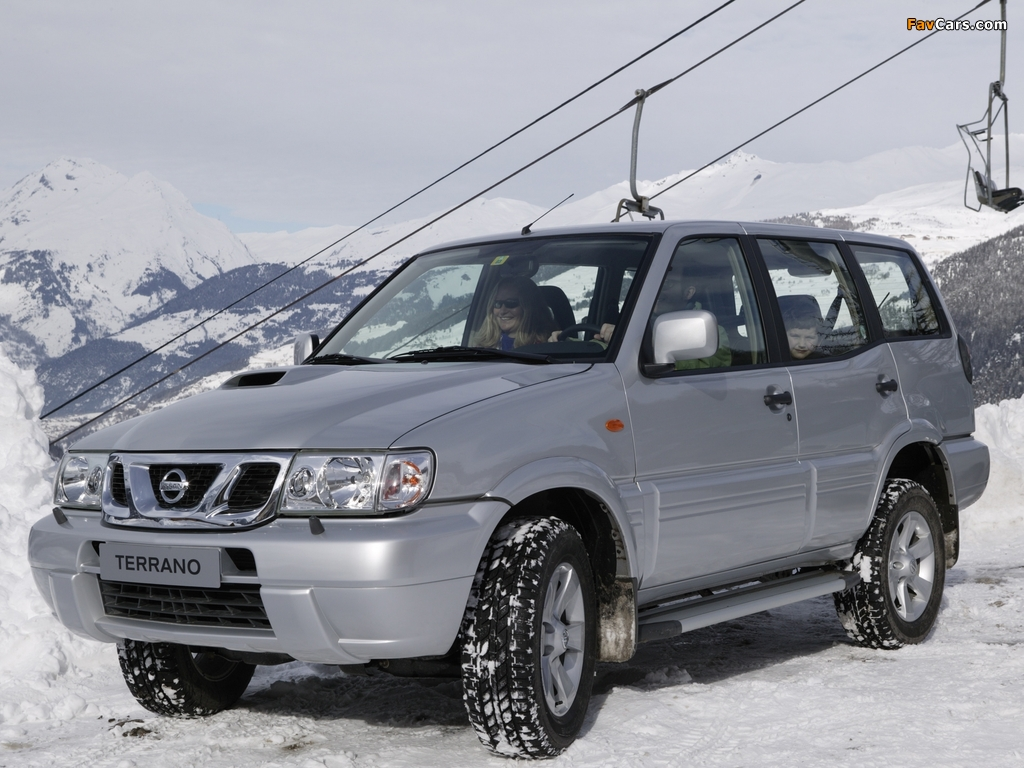 Pictures of Nissan Terrano II 5-door (R20) 1999–2006 (1024 x 768)