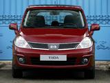 Nissan Tiida Hatchback (C11) 2007–10 pictures