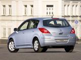 Nissan Tiida Hatchback (C11) 2010 images