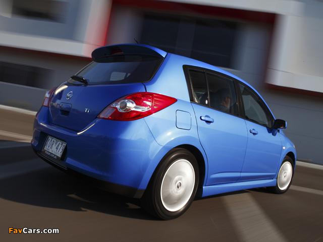 Nissan Tiida Hatchback AU-spec (C11) 2010 photos (640 x 480)