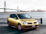 Photos of Nissan Tiida Hatchback JP-spec (C11) 2004–08
