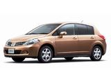 Pictures of Nissan Tiida Hatchback JP-spec (C11) 2008–12