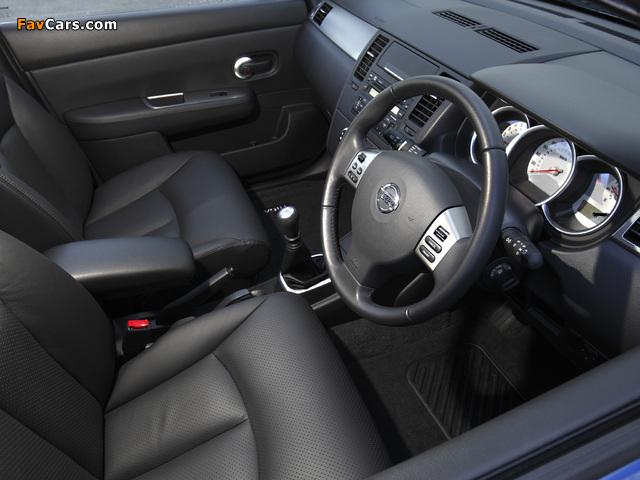Pictures of Nissan Tiida Hatchback AU-spec (C11) 2010 (640 x 480)