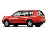 Nissan X-Trail JP-spec (T30) 2000–03 pictures