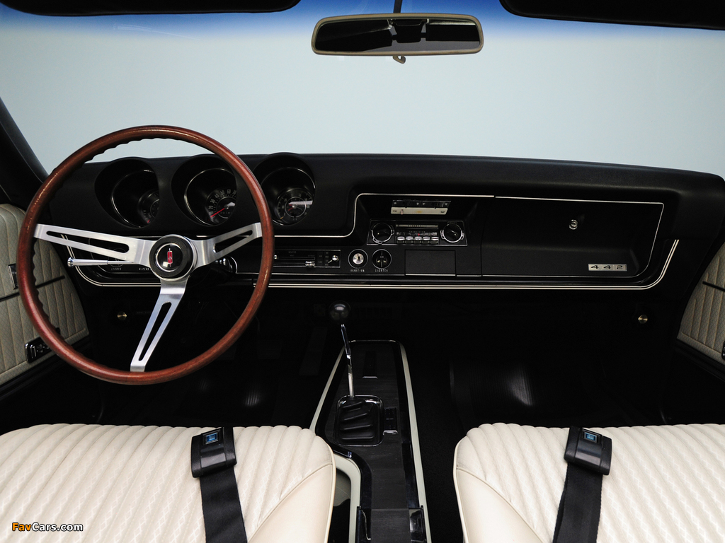 Pictures of Oldsmobile 442 Convertible (4467) 1968 (1024 x 768)
