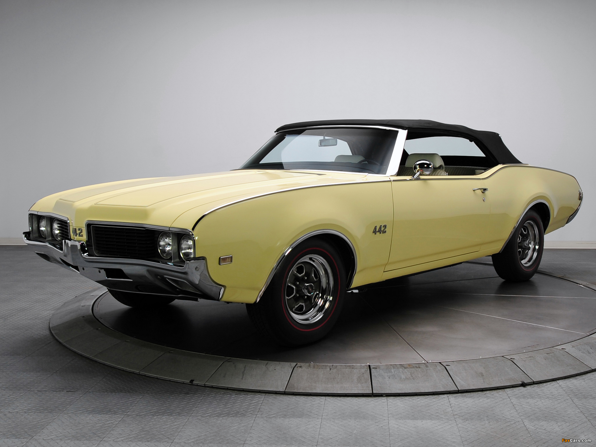 Pictures of Oldsmobile 442 Convertible (4467) 1969 (2048 x 1536)