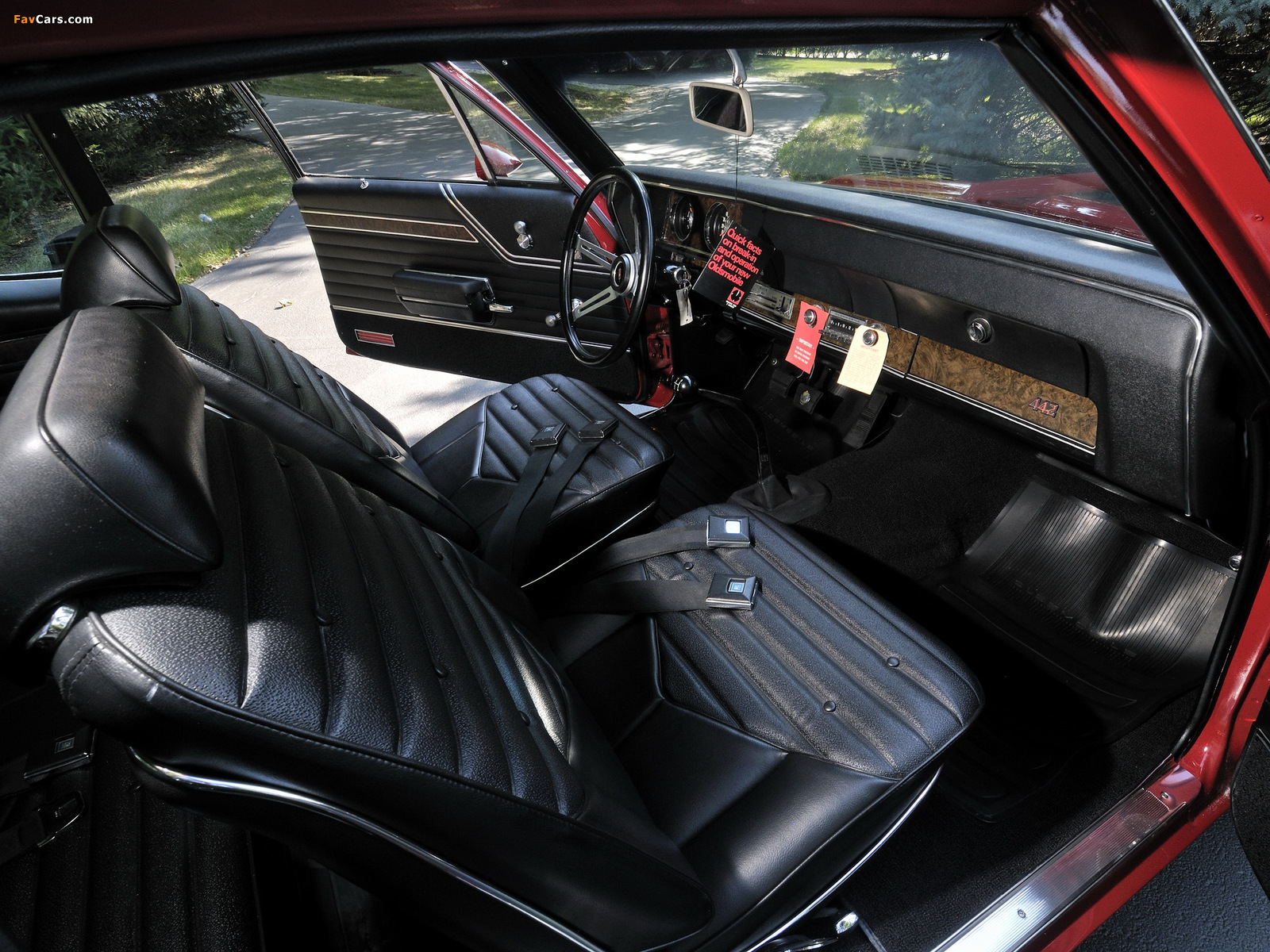 Pictures of Oldsmobile 442 W-30 Sport Coupe (4477) 1970 (1600 x 1200)