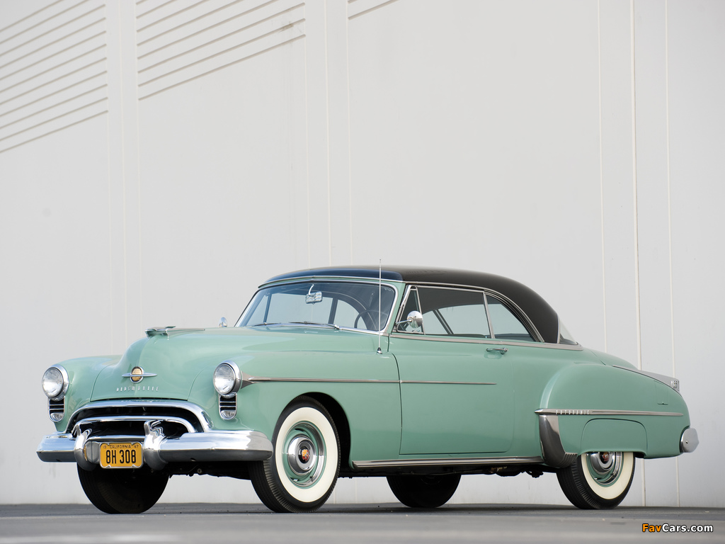 Images of Oldsmobile Futuramic 88 Holiday Coupe (3737) 1950 (1024 x 768)