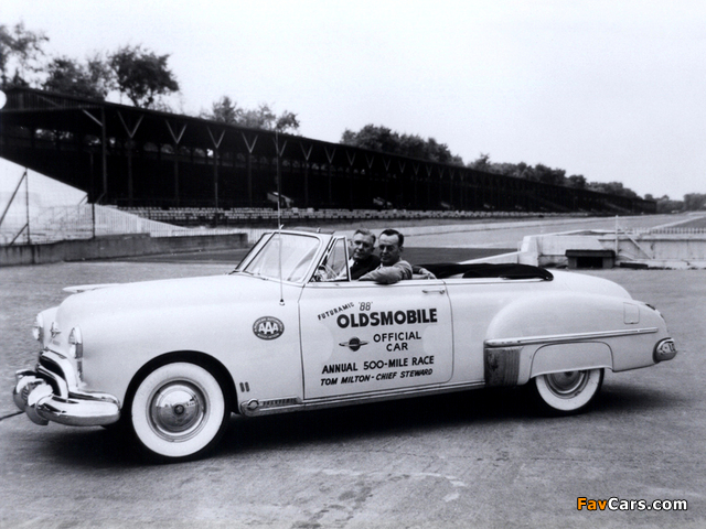 Oldsmobile 88 Convertible Indy 500 Pace Car 1949 photos (640 x 480)