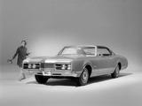 Photos of Oldsmobile Delmont 88 Holiday Sedan (5239) 1967