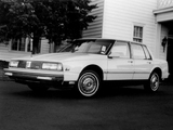 Oldsmobile Ninety-Eight Grande 1986 photos