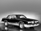 Pictures of Hurst/Olds Cutlass Calais 15th Anniversary 1983