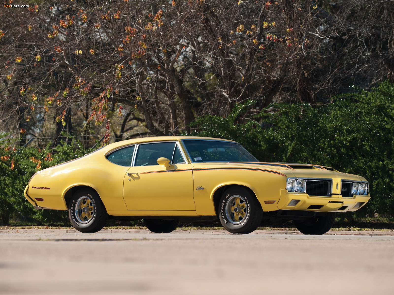 Oldsmobile Cutlass Rallye 350 Sport Coupe 1970 pictures (1600 x 1200)