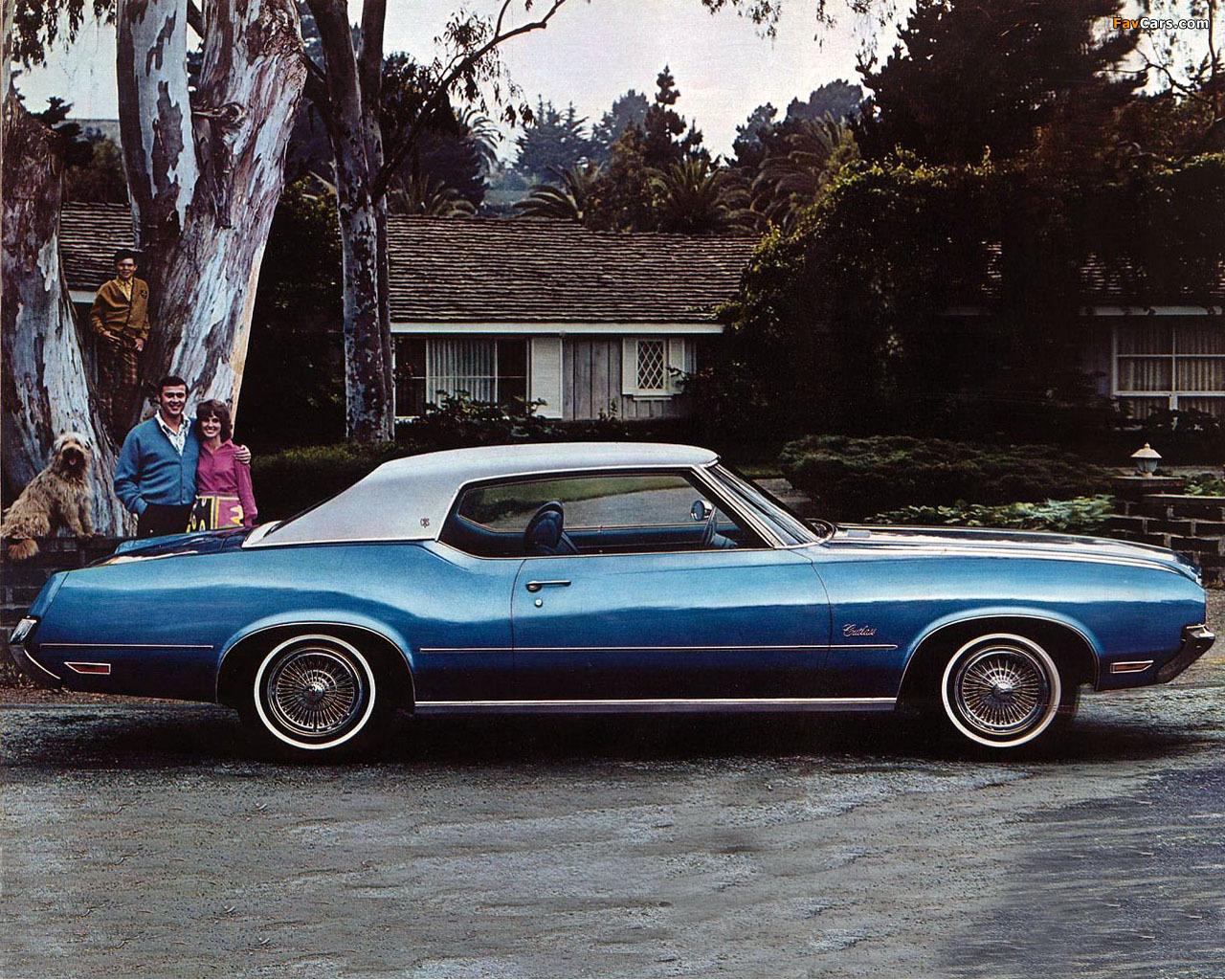 Oldsmobile Cutlass Supreme Holiday Coupe (CSU-J57) 1972 photos (1280 x 1024)