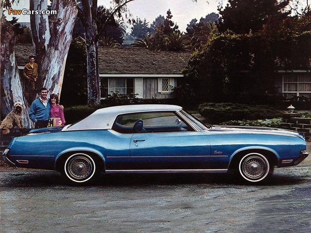 Oldsmobile Cutlass Supreme Holiday Coupe (CSU-J57) 1972 photos (640 x 480)
