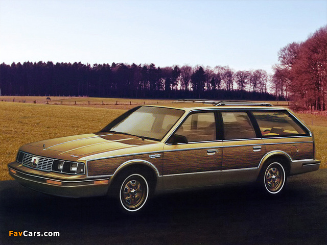 Oldsmobile Cutlass Cruiser 1986 wallpapers (640 x 480)