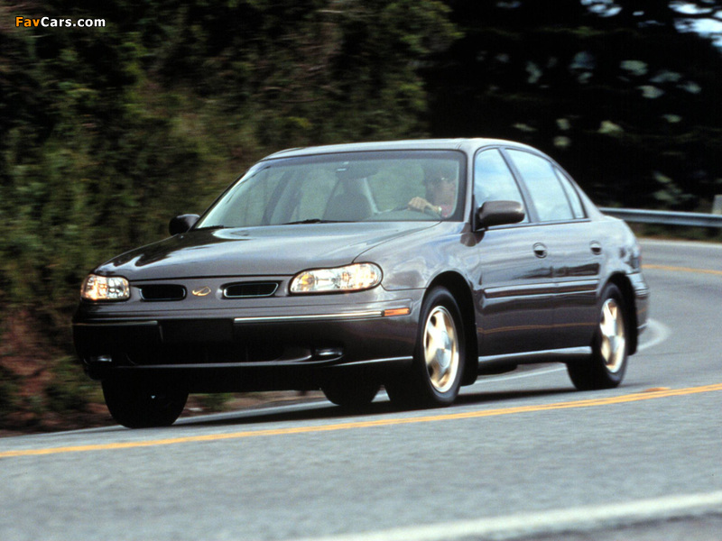 Oldsmobile Cutlass 1997–99 images (800 x 600)