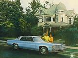 Images of Oldsmobile Delta 88 Hardtop Sedan 1976