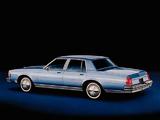 Photos of Oldsmobile Delta 88 Royale Brougham Sedan 1980–84
