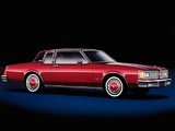 Photos of Oldsmobile Delta 88 Holiday Coupe 1980–84
