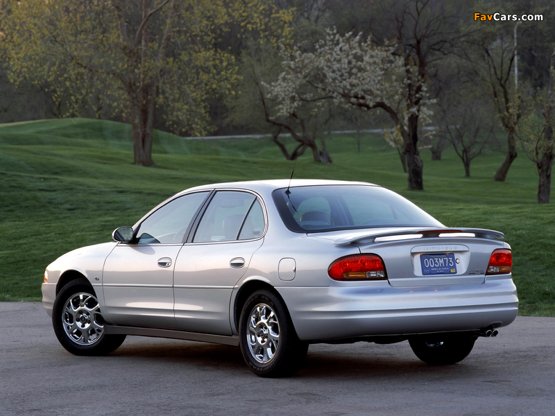 Oldsmobile Intrigue 1998–2002 images (800 x 600)
