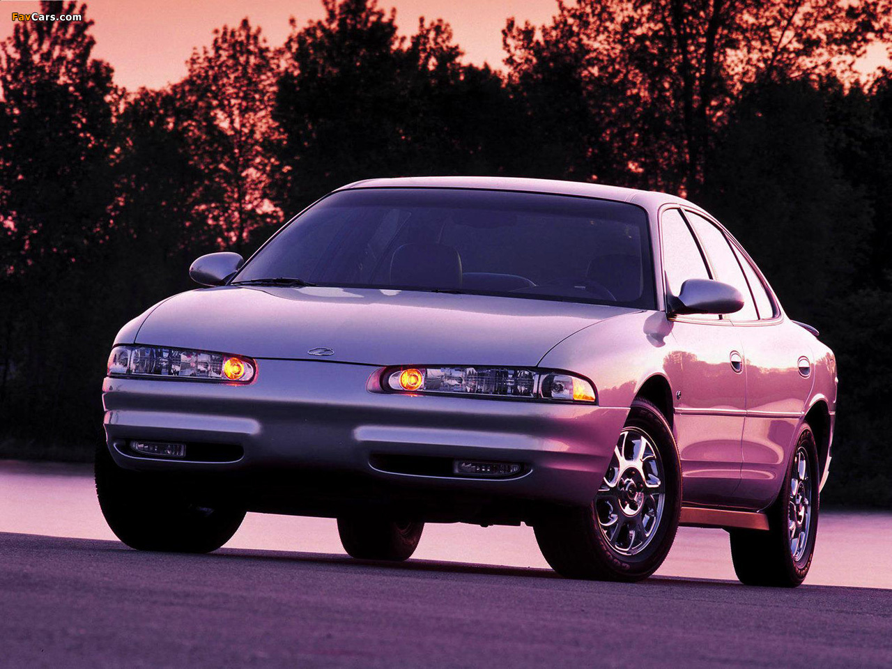 Pictures of Oldsmobile Intrigue 1998–2002 (1280 x 960)