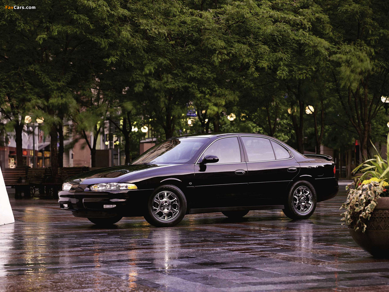 Oldsmobile Intrigue 1998–2002 wallpapers (1280 x 960)