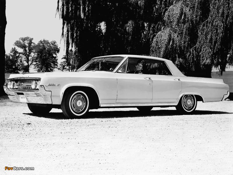 Oldsmobile Jetstar 88 Holiday Sedan (3339) 1964 pictures (800 x 600)
