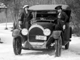 Photos of Oldsmobile Model 45 Touring 1917–18