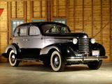 Photos of Oldsmobile Six Touring Sedan (F37) 1937