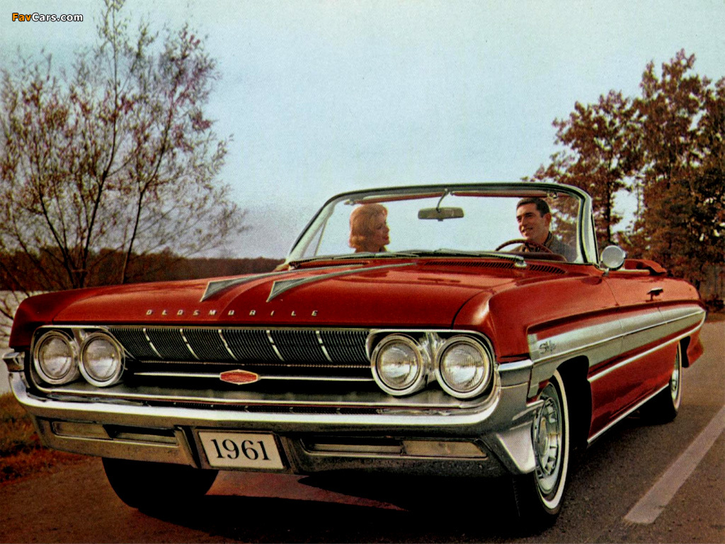 Photos of Oldsmobile Starfire Convertible 1961 (1024 x 768)