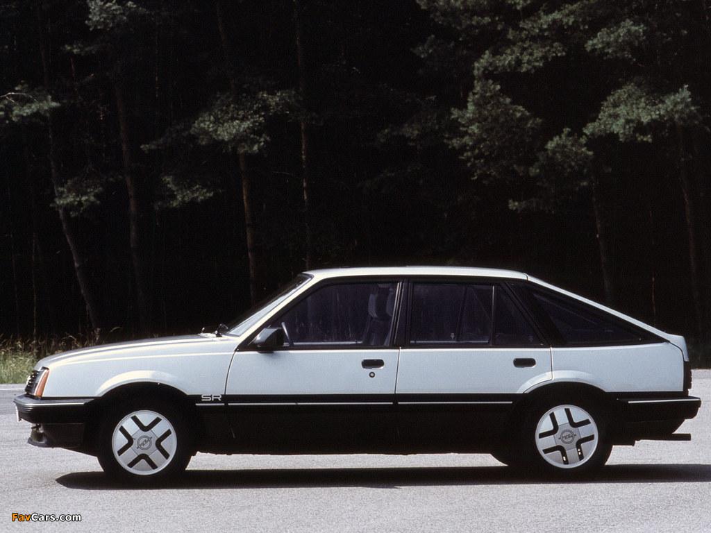 Photos of Opel Ascona CC SR (C1) 1981–84 (1024 x 768)