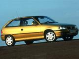 Images of Opel Astra 3-door (F) 1994–98