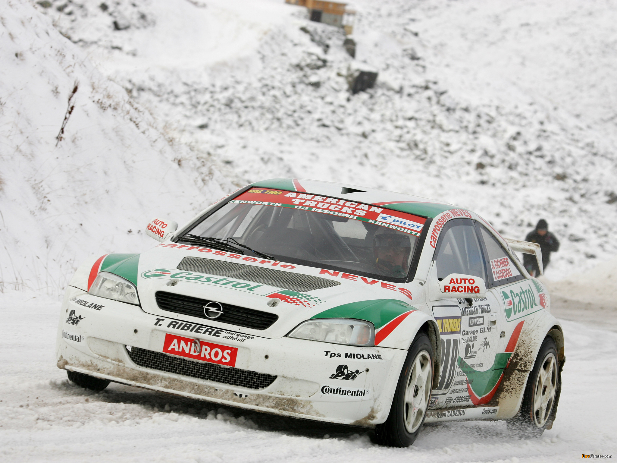 Images of Opel Astra Coupe Trophée Andros 2004–05 (2048 x 1536)