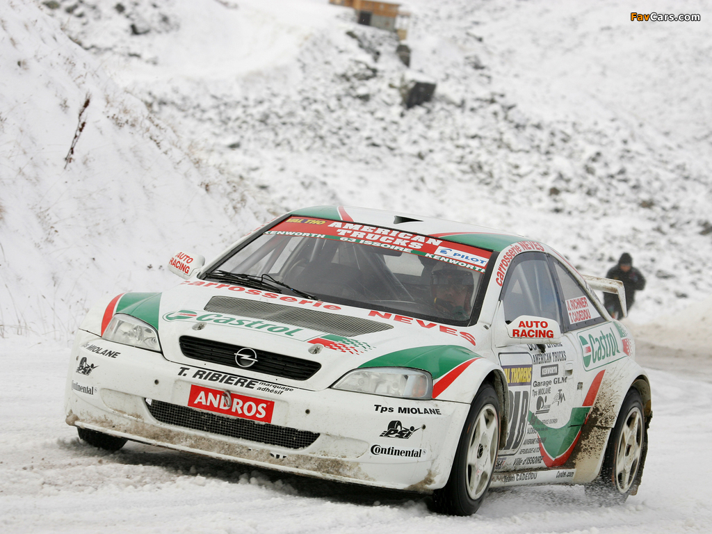 Images of Opel Astra Coupe Trophée Andros 2004–05 (1024 x 768)