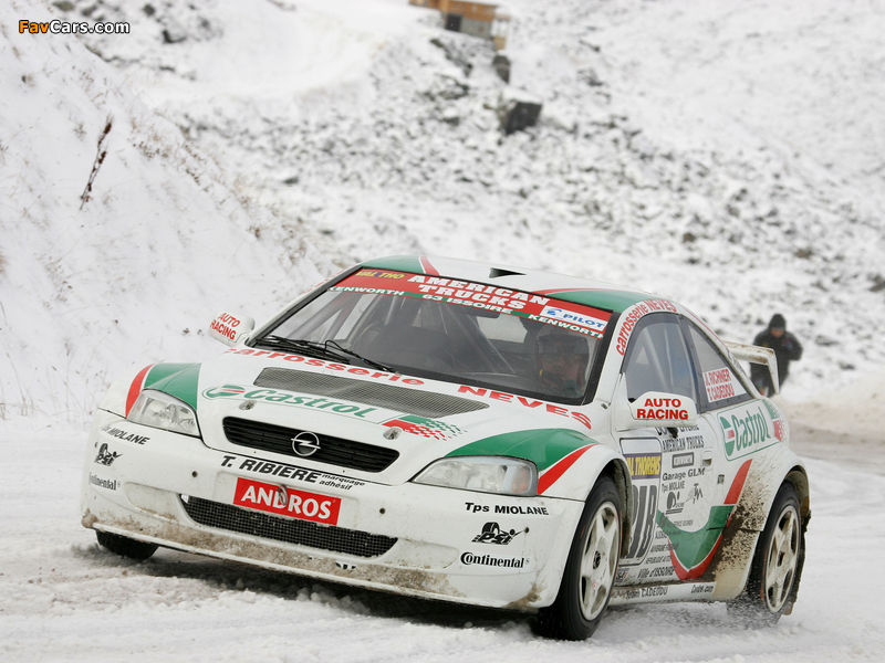 Images of Opel Astra Coupe Trophée Andros 2004–05 (800 x 600)