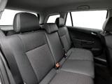 Images of Opel Astra Caravan (H) 2004–07