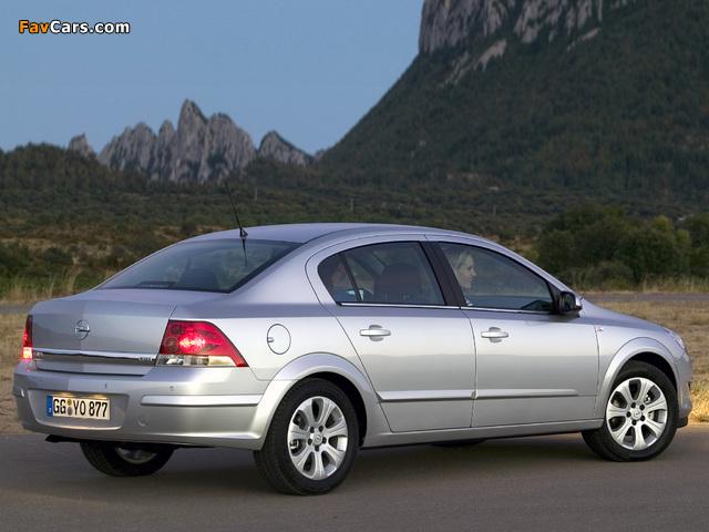 Images of Opel Astra Sedan (H) 2007 (640 x 480)